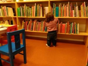 Isabellas första besök i biblioteket